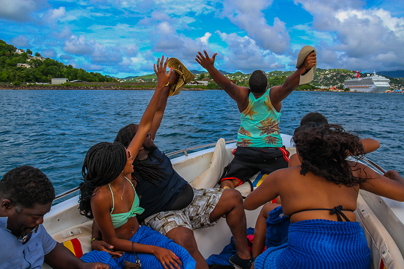 St. Lucia Tours - Speed Boat Cruise Ship Tours