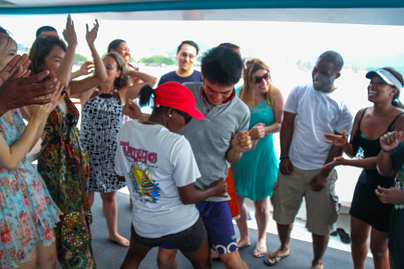 St. Lucia Tours - Incentive Group Charters Dance
